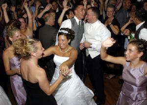 Metro Mass Entertainment Brides LOVE to dance at their weddings.